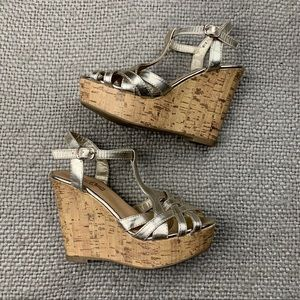 Brash wedge heel